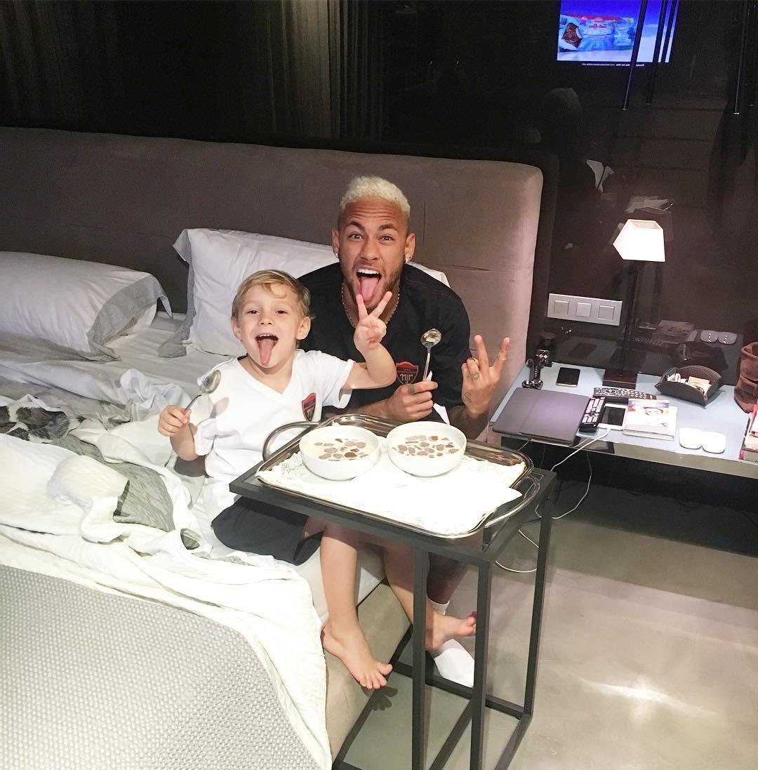 Neymar e o filho (Foto: Reprodução/Instagram)