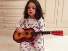 Dia das mães: Tania Mara ganha serenata de Maysa