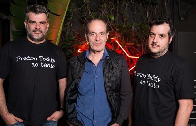 Ney Matogrosso com Fernando Sapupo e Cristian Resende (Foto: Divulgação)