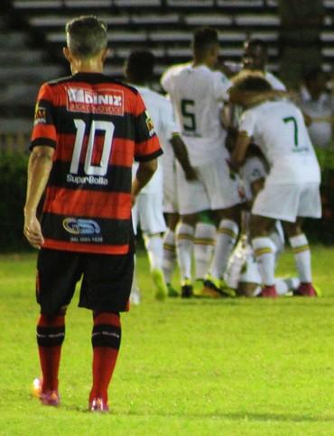 Flamengo-PI x Sampaio Corrêa (Foto: Josiel Martins )