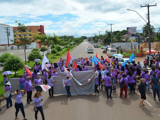Marcha contra a violência doméstica é realizada em Porto Velho (Foto: Hosana Morais/G1)