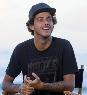 Filipe Toledo em Pipeline, no Havaí (Foto: WSL / Kirstin Scholtz)