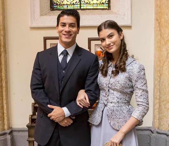 Arthur e Giovanna em uma das gravações da novela (Foto: Ellen Soares/Gshow)
