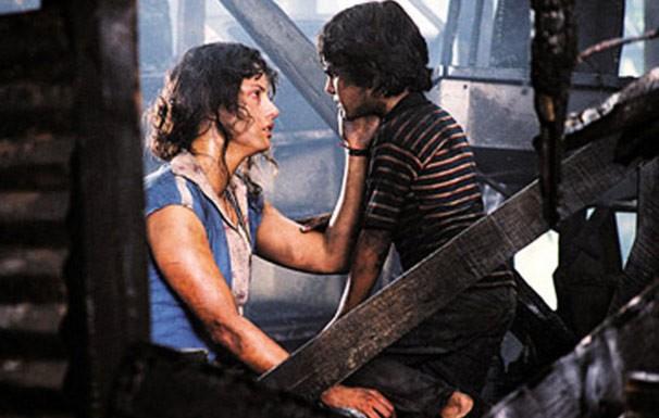 Chava (Carlos Padilha) vive infância de roteirista em filme (Foto: Divulgação / Reprodução)