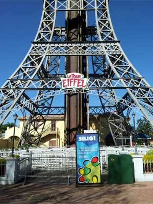 A atração La Tour Eiffel, no Hopi Hari, que está interditada após acidente com morte (Foto: Fernando Pacífico/ G1 Campinas)
