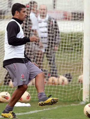 Diego Souza, no treino do Vasco (Foto: Jorge William / Agência O Globo)