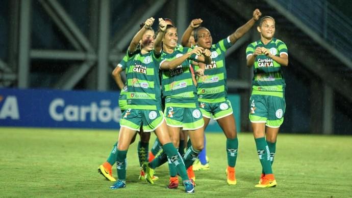 Iranduba e São Francisco-BA futebol feminino (Foto: Antonio Assis/FAF)