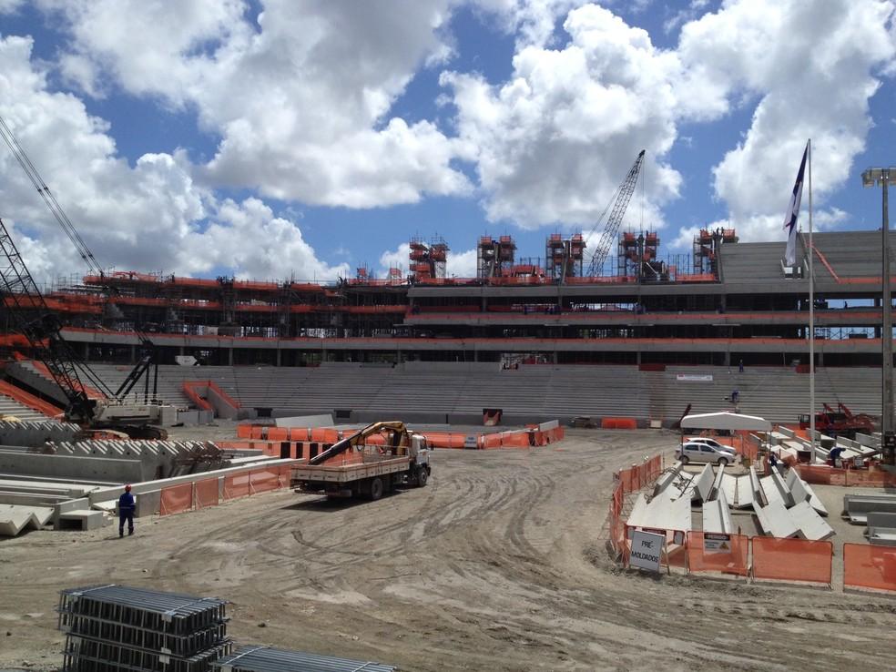 Arena Pernambuco em fase de construção (Foto: Henrique Zuba/TV Globo Nordeste)