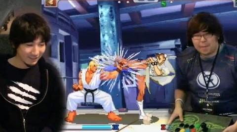 Daigo Umehara e Justing Wong fizeramparte de momento histórico dos jogos de lutas (Foto: Reprodução)