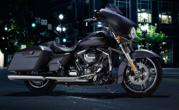 Harley-Davidson Street Glide (Foto: Divulgação)