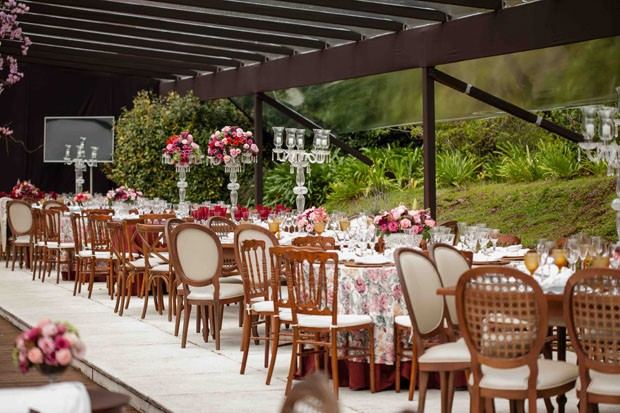 Casamentos No Campo Decoração Festa De Dia Flores Cores E Estilos Pictures to -> Decoracao De Banheiro Para Festa De Casamento