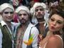 SIGA: perucas e carão no carnaval da realeza (Thaís Pimentel/G1)