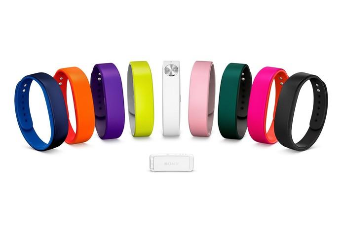 Sony Smartband é capaz de rastrear as atividades do usuário e mostrar estatísticas de atividades (Foto: Divulgação/Sony)