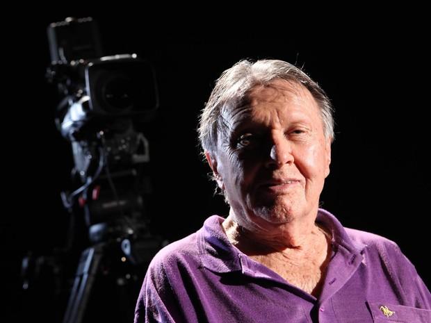 O produtor musical Fernando Faro, durante entrevista em estúdio da TV Cultura em janeiro de 2012 (Foto: Daniel Teixeira/Estadão Conteúdo/Arquivo)