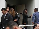 Amigos e parentes vão ao velório de Domingos Montagner em São Paulo