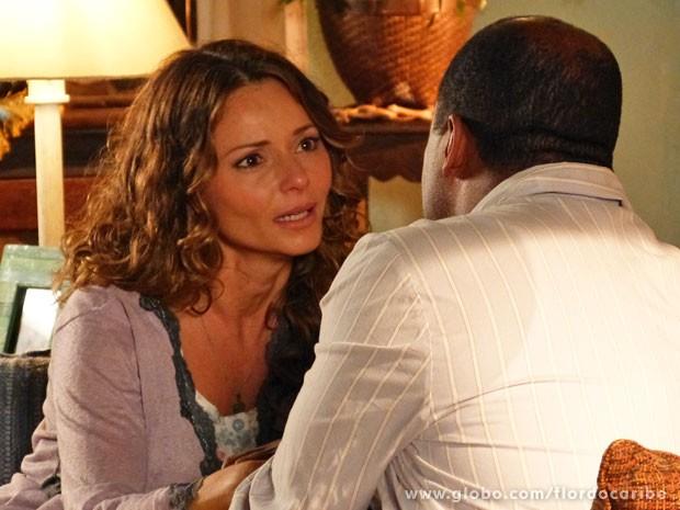 Doralice se revolta por Natália conseguir engravidar (Foto: Flor do Caribe / TV Globo)