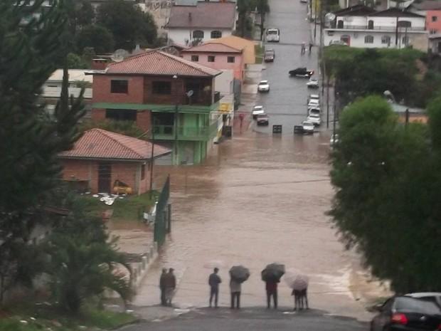 Alagamento Paraná (Foto:  Paulo Ricardo Baran/VC no G1)