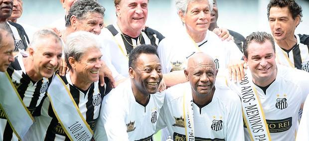 Festa 100 anos do Santos, Pele (Foto: Marcos Ribolli / Globoesporte.com)