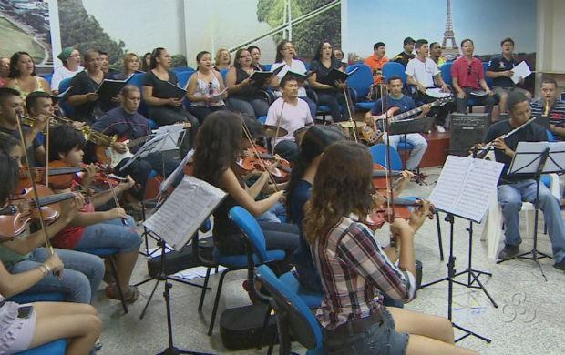 Ensaio do coral e da orquestra para a Cantata de Natal do TJAP (Foto: Reprodução/TV Amapá)