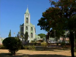 Igreja em Conceição do Pará (Foto: Reprodução/TV Integração)