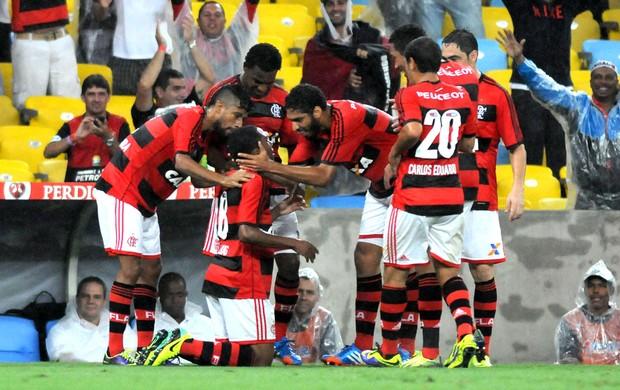 Elias gol Flamengo contra Goiás Copa do Brasil (Foto: André Durão / Globoesporte.com)