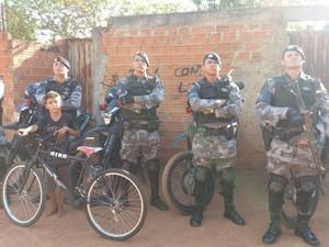 Doação foi feita por cinco policiais do Grupo de Intervenção Rápida (GIRO) (Foto: Divulgação/GIRO)