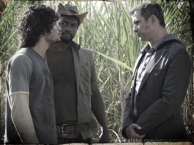 Mesmo acuado Romildo culpa Zico pela morte do pai (Foto: TV Globo/Saramandaia)