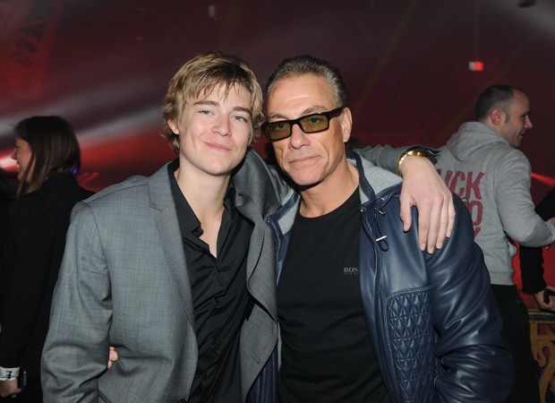 Nicholas Van Varenberg e o pai, Jean-Claude Van Damme (Foto: Grosby Group)