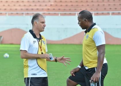 Carlos Octávio e Júlio César treino Rio Branco-SP (Foto: Sanderson Barbarini / Foco no Esporte)