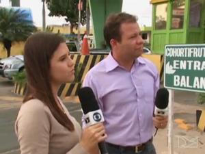 Jéssica Melo e Alex Barbosa em serie sobre o transporte coletivo em São Luís (Foto: Reprodução/TV Mirante)