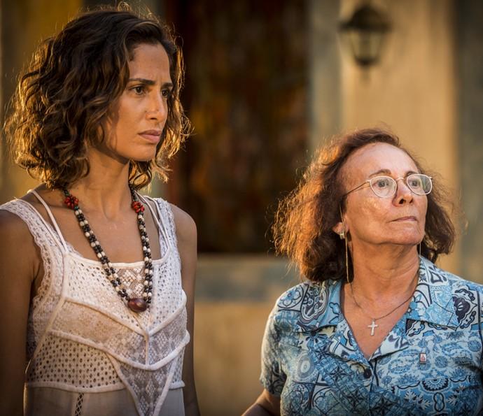 Zezita manda Tereza ficar (Foto: Inácio Moraes/ Gshow)