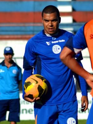 Mineiro, zagueiro do Confiança (Foto: Felipe Martins/GloboEsporte.com)