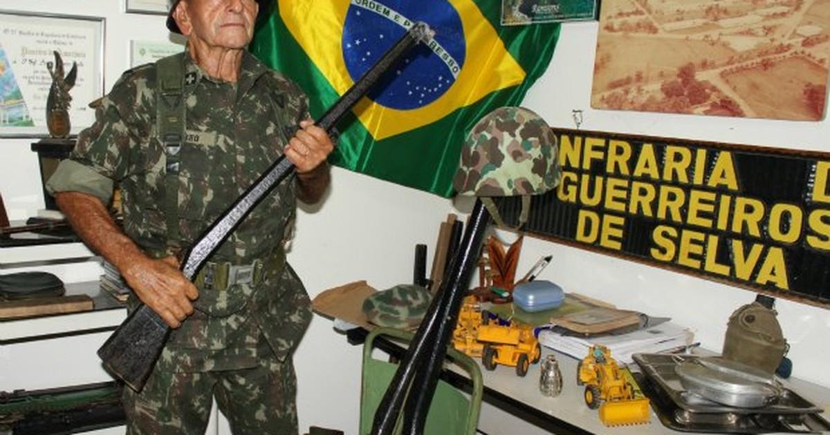 G1 - Militar aposentado de Porto Velho só tira a farda para ir à igreja -  notícias em Rondônia fa5b110e48a