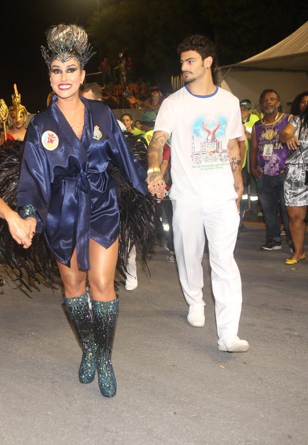 Dani Bolina e namorado - Unidos de Vila Maria (Foto: Iwi Onodera/EGO)