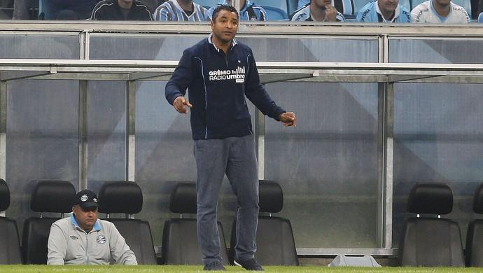 Roger comanda Grêmio contra o Corinthians (Foto: Lucas Uebel / Grêmio, DVG)