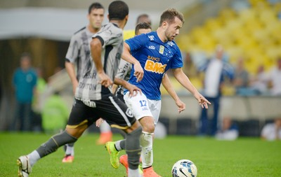 everton ribeiro botafogo x cruzeiro (Foto: Gaspar Nóbrega/Light Press)