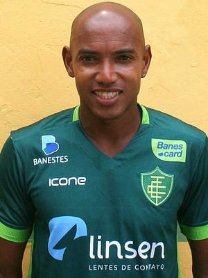 Luiz Alberto (zagueiro) (Foto: Hélio Roberto/EC Tupy)