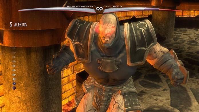 Darkseid também participa de Injustice (Foto: Reprodução/Felipe Vinha)