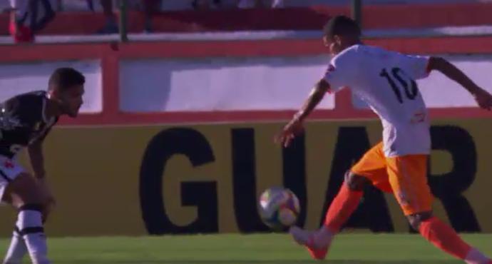Wescley, do Nova Iguaçu, é o jogador mais abusado da rodada (Foto: Reprodução/SporTV)