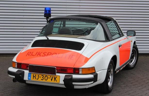 Porsche 911 SC era do modelo Targa, com teto central removível (Foto: Divulgação)