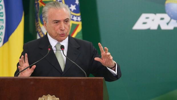 O presidente Michel Temer durante anúncio do calendário de saque das contas inativas do FGTS (Foto: Antonio Cruz/Agência Brasil)