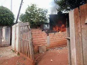 Morador registra aeronave em chamas (Foto: Josue Nunes / TEM Você)