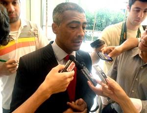 romário reunião COL (Foto: André Casado / Globoesporte.com)