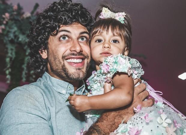 Jesus Luz e a filha, Malena (Foto: Dani Barros)