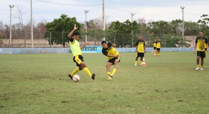 Treino do Flamengo-PI  (Foto: Érica Paz/ Flamengo-PI)
