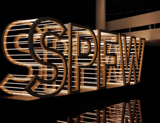 A 40ª edição da São Paulo Fashion Week (SPFW) completa 20 anos com o tema 'Do princípio ao início' (Foto: Divulgação)