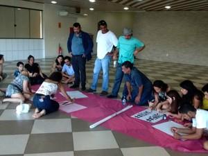 Artistas ocupam sede do Iphan em Rio Branco (Foto: Aline Nascimento/G1)