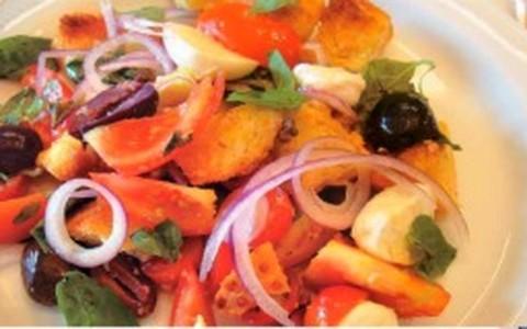 Salada toscana Panzanella