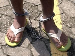 Suspeito foi preso na Serra. (Foto: Reprodução/TV Gazeta)