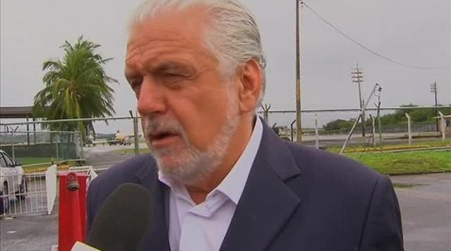 Políticos de várias partes do Brasil participaram do velório de Eduardo Campos